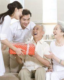 Gợi ý 9 món quà tặng sinh nhật bố ý nghĩa hiện nay