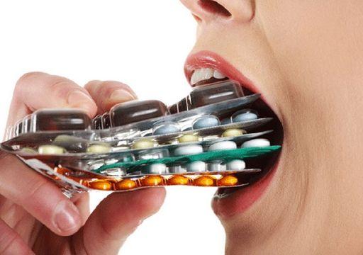 lạm dụng kháng sinh