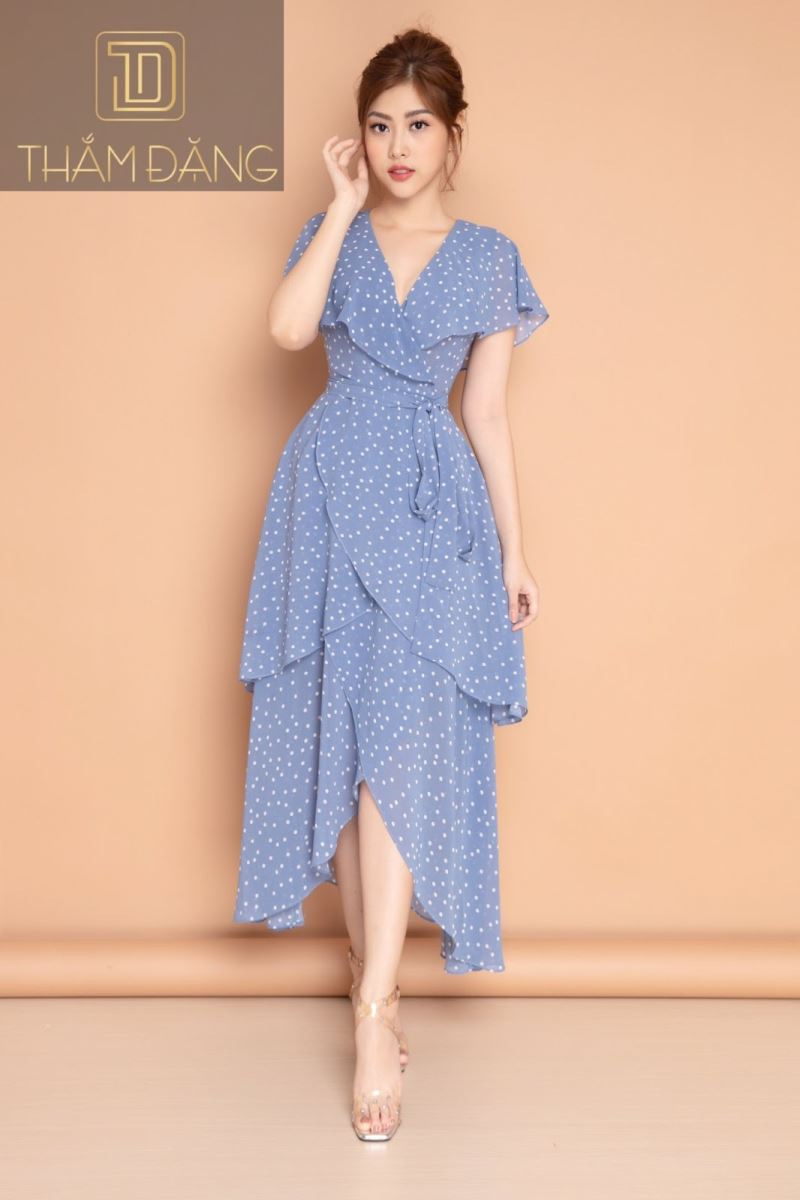 Đầm xòe màu xanh