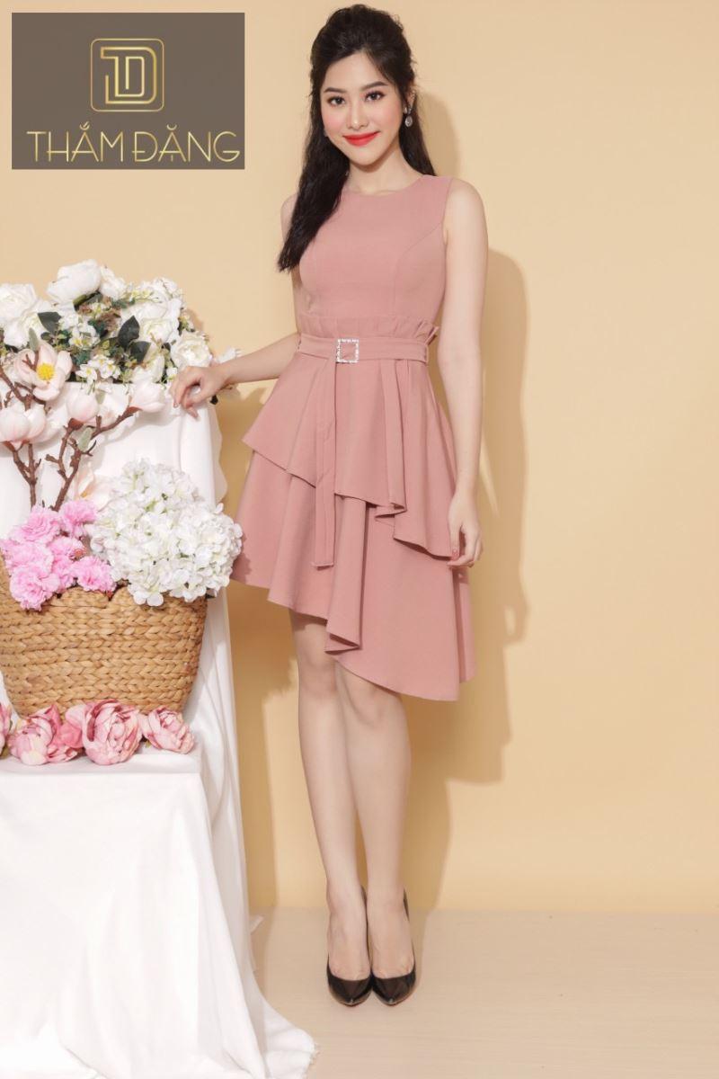 Kiểu váy xòe màu hồng đất