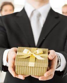 Top 9 quà tặng sếp nam sang trọng