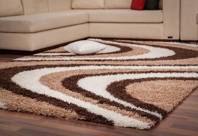 thảm làm bằng sợi tổng hợp