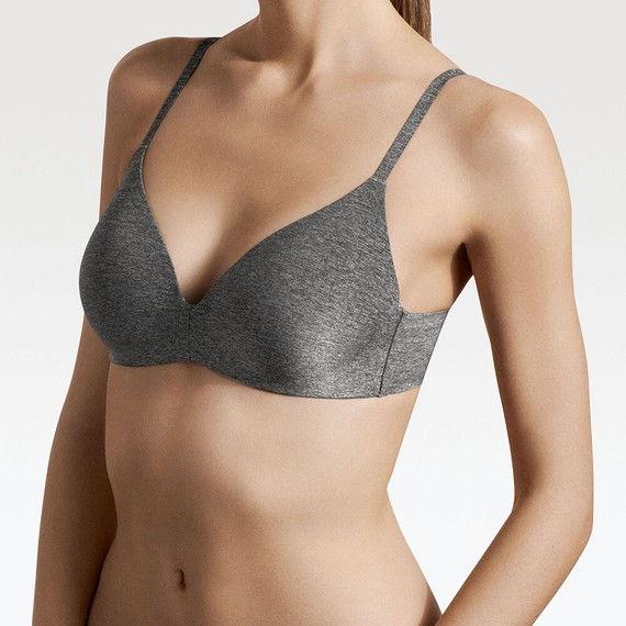 chiếc áo ngực topvalua sẽ mang đến cho bạn với nhiều màu sắc trẻ trung , xinh xắn cùng với đó là kích thước tiện lợi phù hợp với tất cả mọi người,