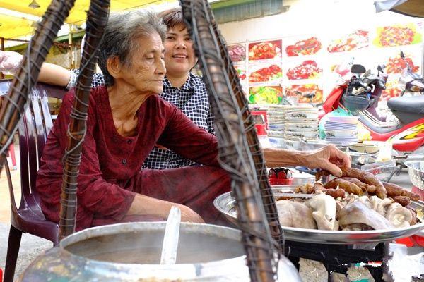 Top 6 Con Phố Ẩm Thực Nổi Tiếng Tại Sài Gòn Bạn Nhất Định Phải Đến 2