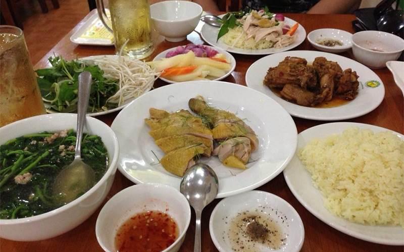 Top 09 Tiệm Cơm Gà Ngon Nhất Tại TP Hồ Chí Minh 1