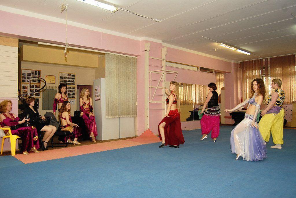 3 Gợi Ý Về Trang Phục Belly Dance Dành Cho Phái Nữ 1