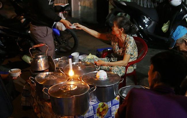 Top 5 Quán Chè Mở Cửa Qua Nửa Đêm Cho Dân Hảo Ngọt Ở Sài Gòn 1