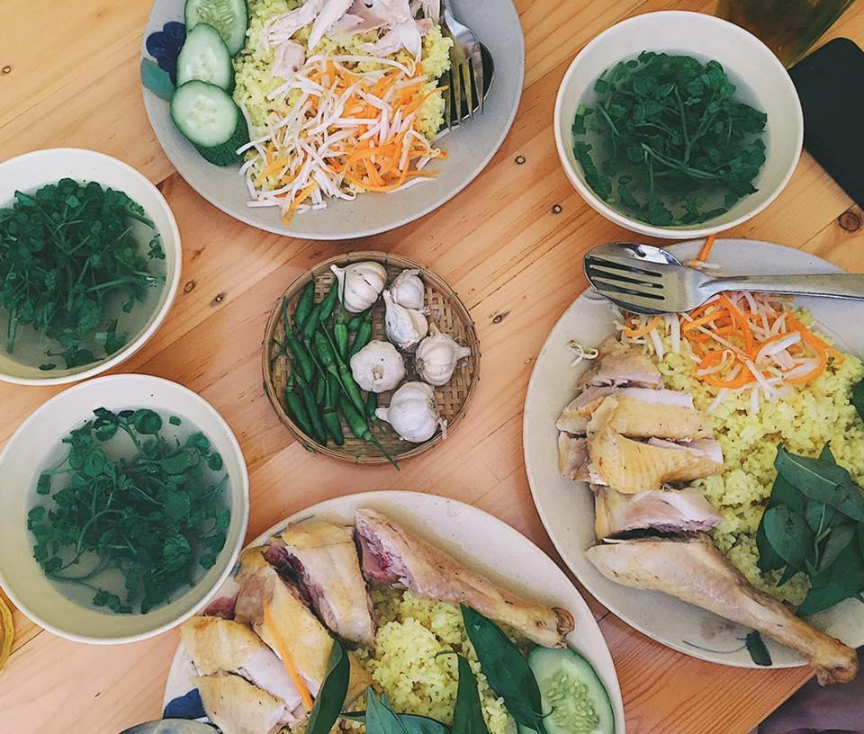 Top 09 Tiệm Cơm Gà Ngon Nhất Tại TP Hồ Chí Minh 3