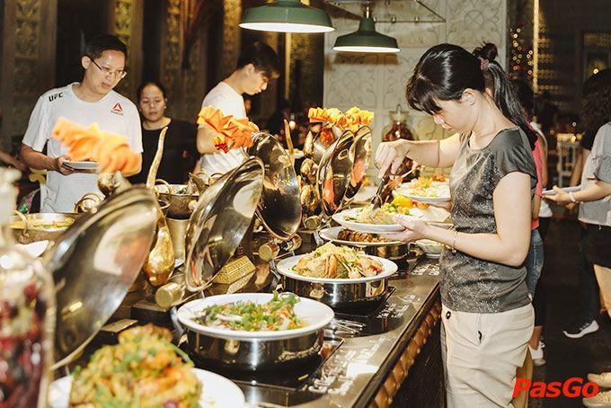 Top 5 Nhà Hàng Hải Sản Ngon, Sang Trọng Tại Hồ Chí Minh 9