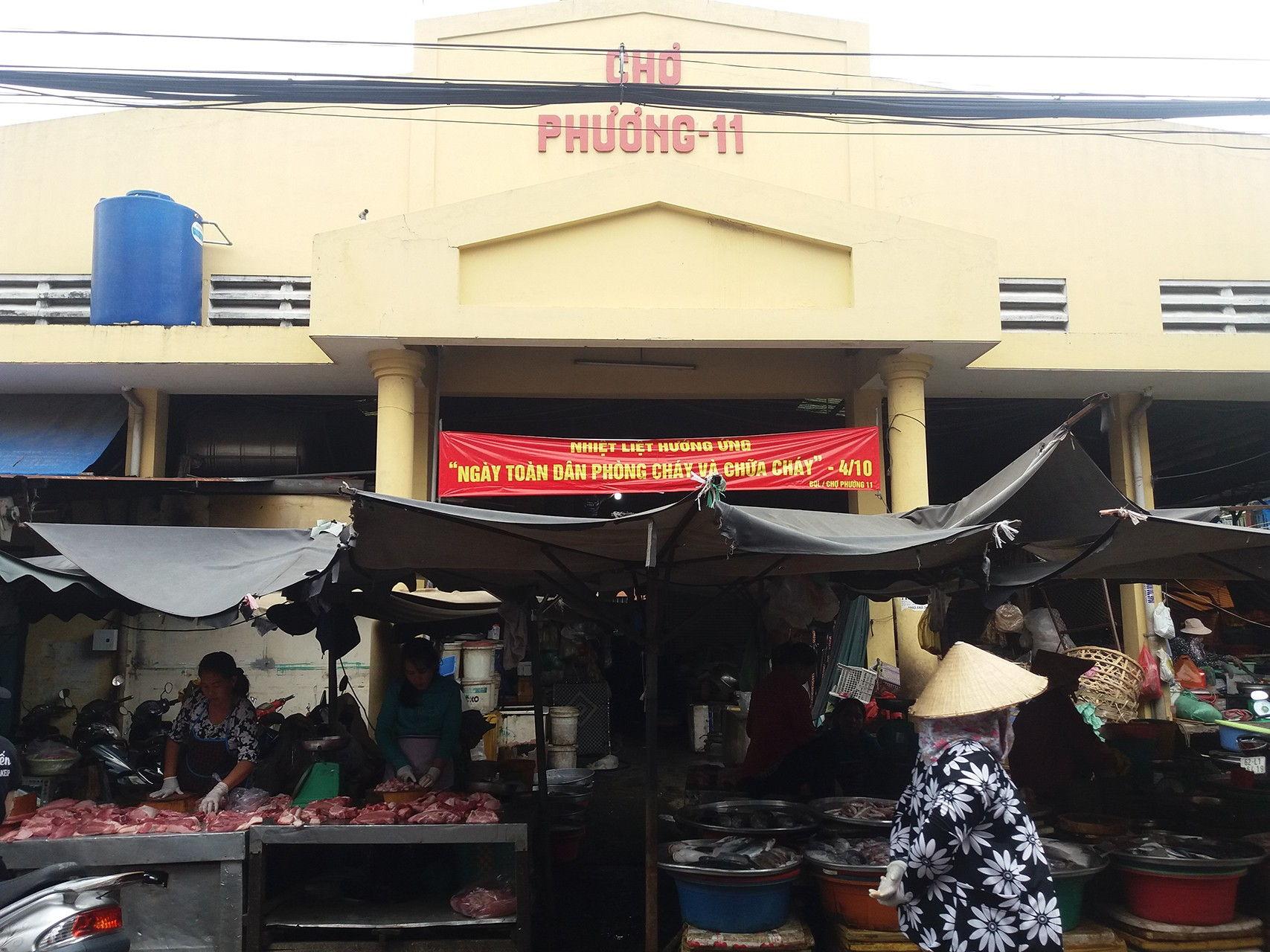 Top 5 Khu Chợ Ở Sài Gòn Được Mệnh Danh Là Thiên Đường Ẩm Thực 8