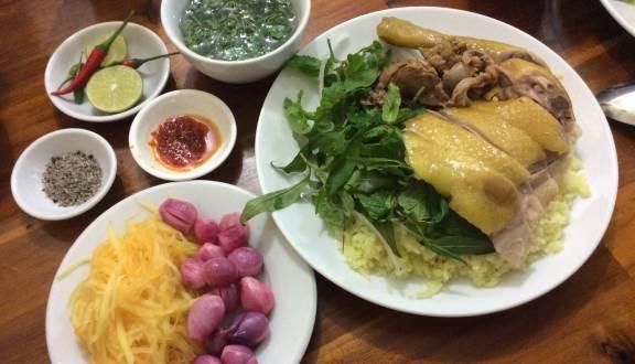Top 09 Tiệm Cơm Gà Ngon Nhất Tại TP Hồ Chí Minh 5