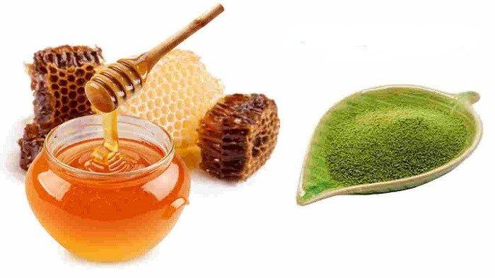 Hỗ hợp mặt nạ thiên nhiên trị mụn từ bột trà xanh mật ong