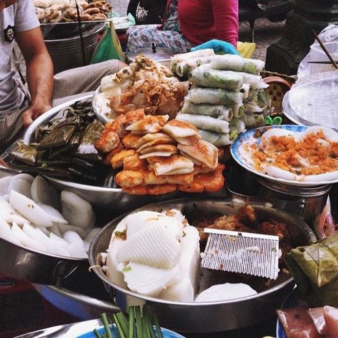 Top 08 Món Ăn Bạn Phải Thử Khi Đến Chợ Bến Thành 9