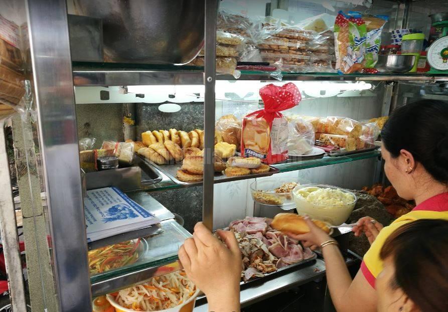 Top 5 Quán Bánh Mì Lâu Đời Vẫn Giữ Chân Khách Hàng Tại Sài Gòn 8