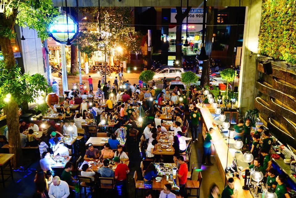 Top 10 Quán Bar Nổi Tiếng Nhất Sài Gòn Nhất Định Bạn Phải Biết 4