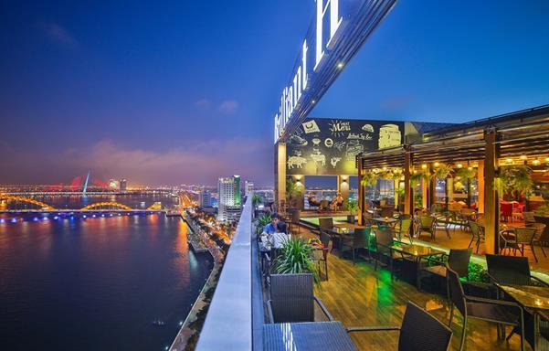 Top 5 Quán Cafe Bar Sân Thượng Có View Đẹp Nhất Đà Nẵng 5
