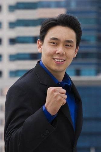 Tiểu sử Adam Khoo