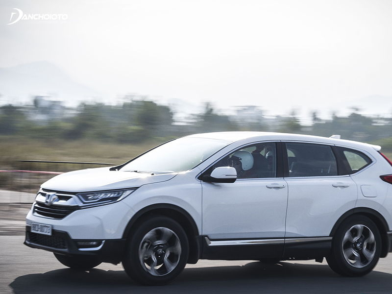 """Xe ô tô Honda CR-V 2019 có trang bị hiện đại gì để """"chiến"""" với Mazda CX-5?"""