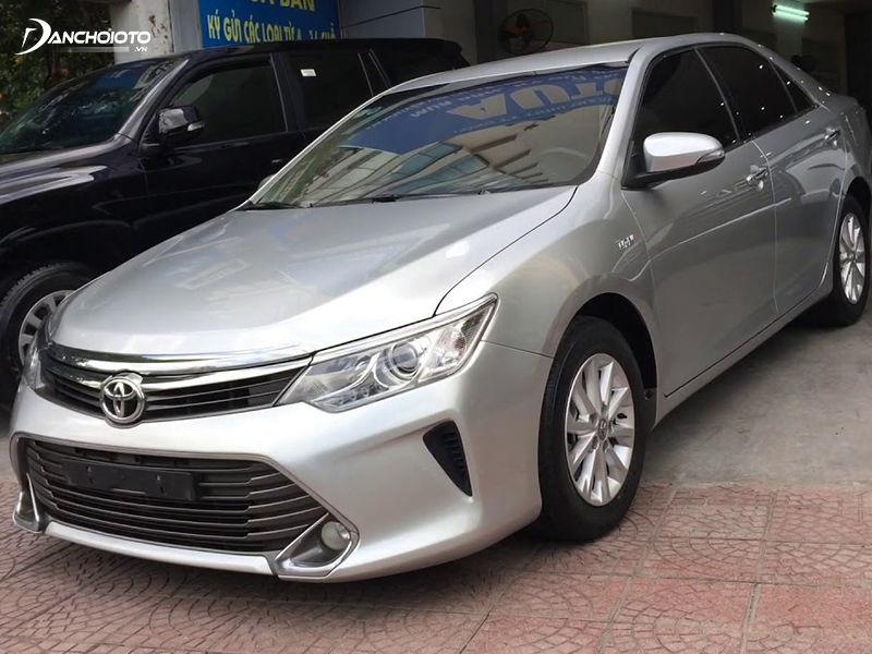 Mua Toyota Camry cũ giá 800 triệu là một lựa chọn đáng cân nhắc