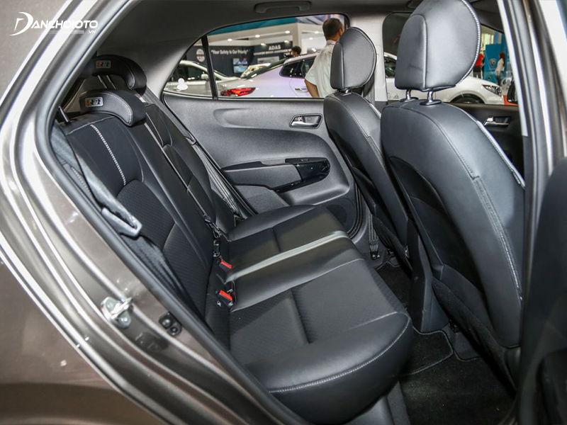 Nội thất xe Kia Morning bố trí thoải mái, dễ chịu cho người sử dụng