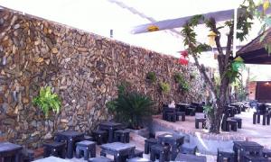 Review 20 quán cafe quận 10 đẹp giá rẻ: sân vườn, phòng lạnh, sang trọng